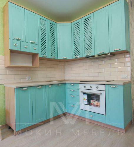 Оригинальная кухня в зеленых тонах
