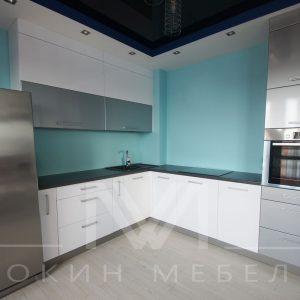 Кухня в стиле техно «Металлик»