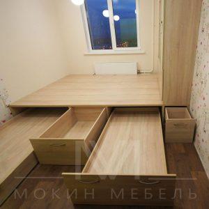 Кровать - подиум в детской